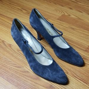 Salvatore Ferragamo grey suede heels